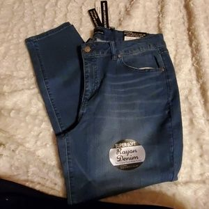 Denim - Size 16 skinny jeans